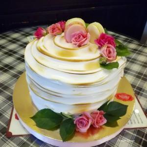 Торт Меренга з квітами