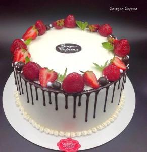 Торт з фруктами